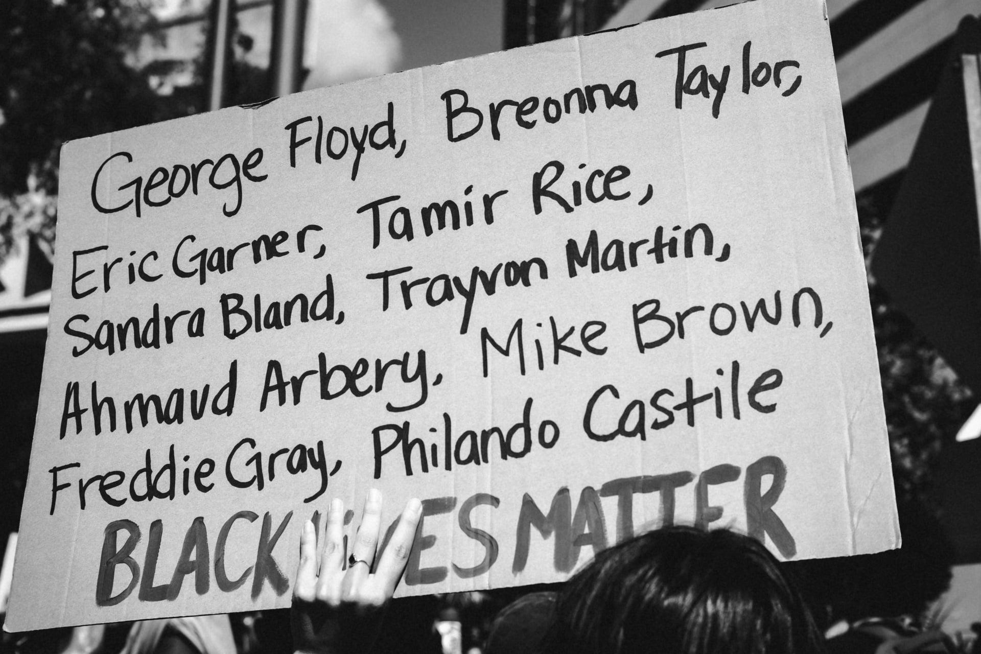 Siyahi Toplumun Tam Desteğimizi Hak Ettiğini Hatırlayın
