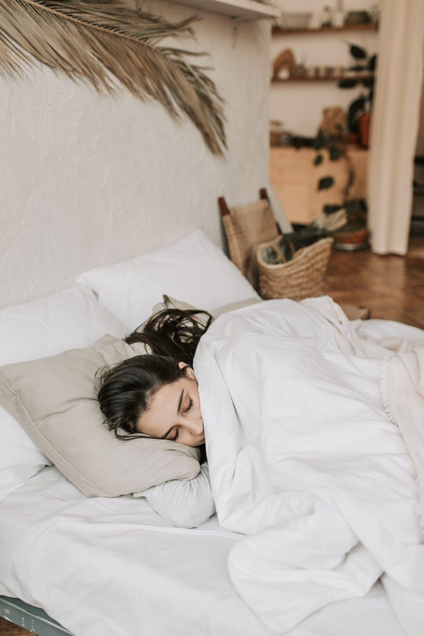 sevgiliye iyi geceler mesaji
